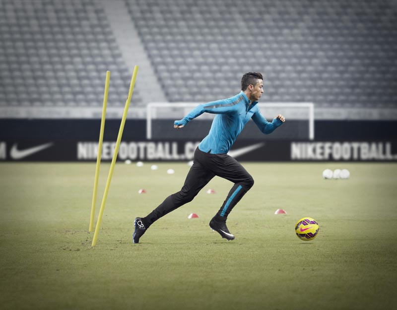 Gheata Mercurial Superfly CR7 straluceste perfect pentru Cristiano Ronaldo