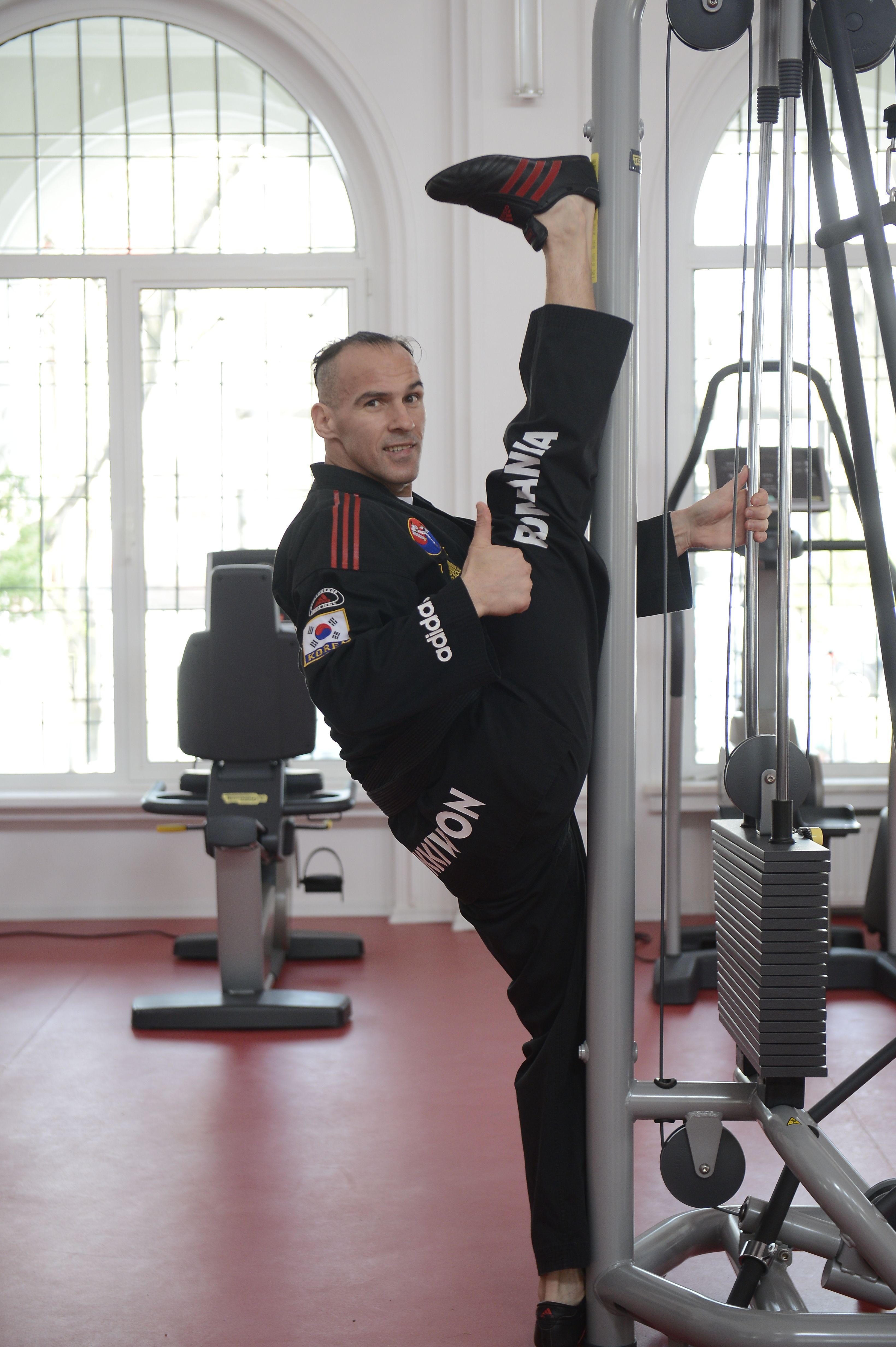Calin Novacescu se lupta cu un nou record � �ncercare extraordinara m�ine, 10 kg de masa musculara �n 10 ore!