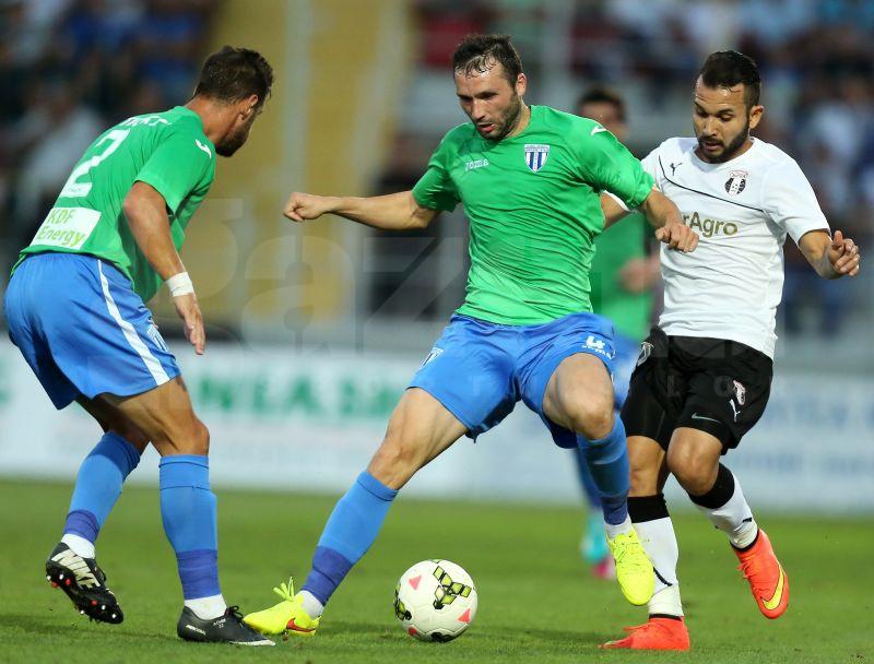 Unul dintre cei mai buni fotbalişti ai Craiovei în acest sezon a trecut prin momente dificile şi a fost aproape să renunţe la fotbal: