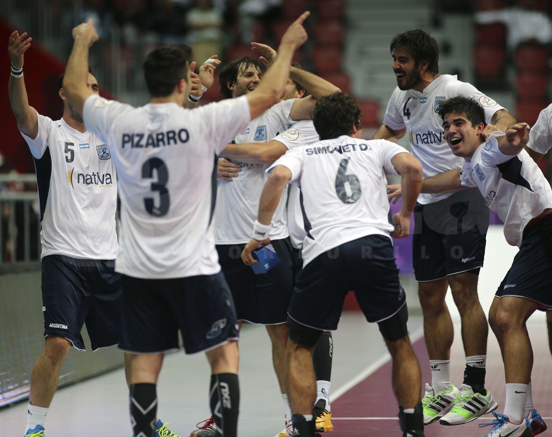 "Argentina, que sorpresa! � Sud-americanii au eliminat Rusia si s-au calificat �n ""optimi"" la Mondialul din Qatar"