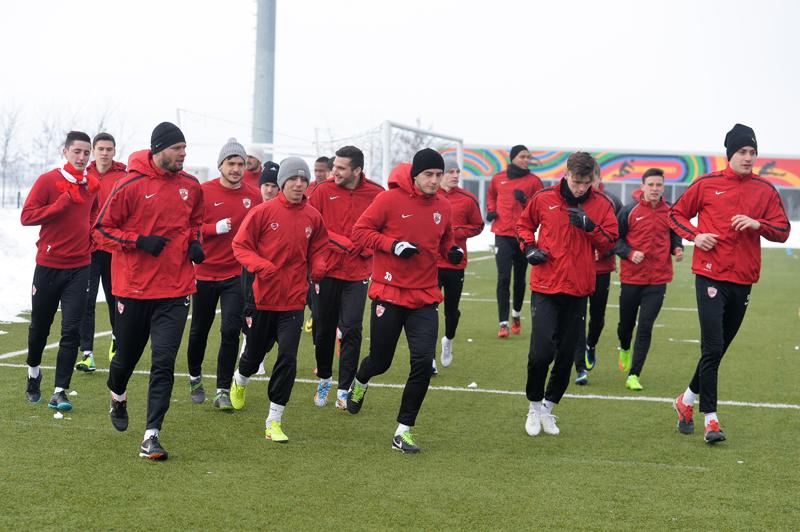 Dinamo mută din nou pe piaţa transferurilor! Mîine rezolvă încă doi jucători: