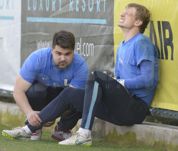 GALERIE FOTO Emoţii pentru Costel Gâlcă la antrenamentul de azi » Giedrius Arlauskis a acuzat dureri la piciorul drept