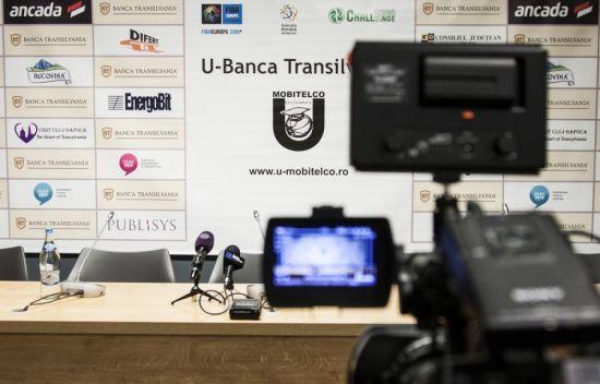 VIDEO Un antrenor din Liga 1 a început să plîngă în faţa jurnaliştilor la conferinţa de presă :S