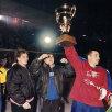 1999. Cu unul dintre cele nouă trofee de campion al României cîștigate cu Steaua