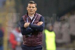 Costel Gâlcă nu scapă de probleme nici în ziua meciului cu CS U