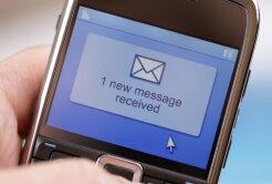 SMS surpriză pentru Argăseală de la  Mititelu » S-a făcut frate cu duşmanul :D